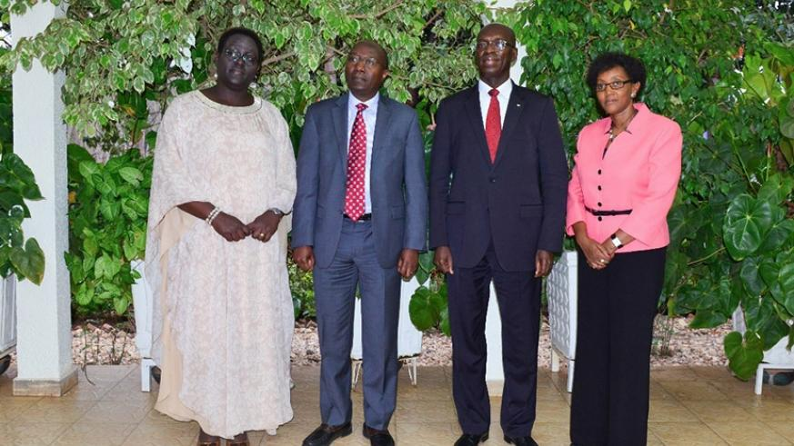 Premier Ngirente (2nd L) and his predecessor Murekezi (2nd R) with Minister Kayisire (L) and her predecessor Mugabo at the handover yesterday. Courtesy.