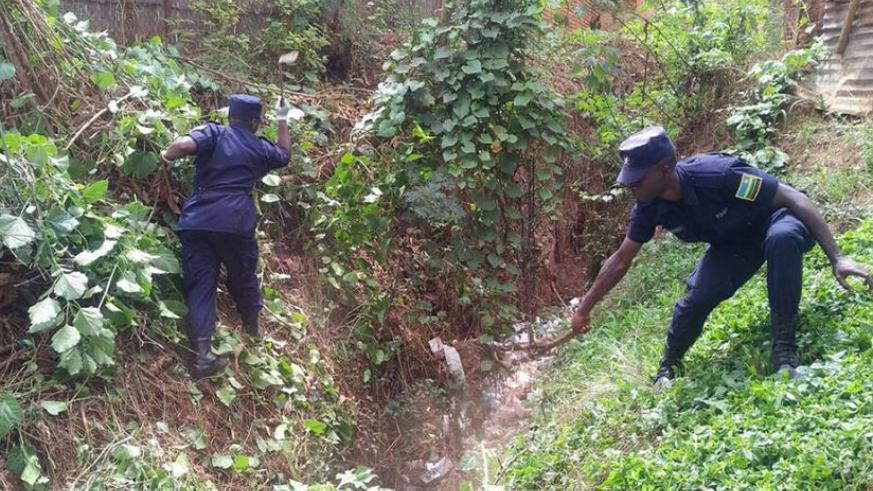 Police officers cleaning some parts of the city during the launch of the security and hygiene campaign.