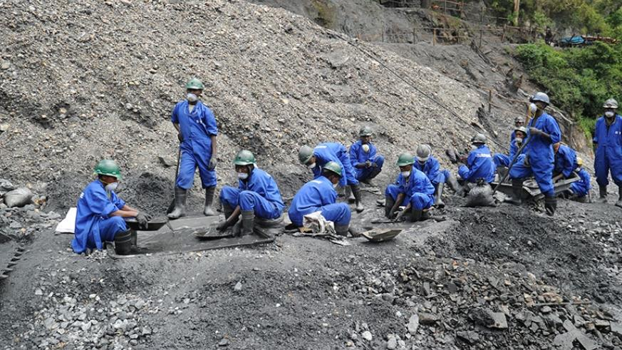 Wolfram miners in Northern Province. File.