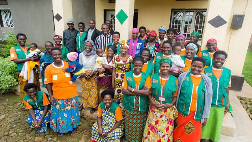 A group photo of some of the facilitators and beneficiaries in Musanze. (Photos by Faustin Niyigena)