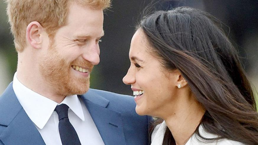 Harry and Meghan looked over the moon and Harry said he was 'thrilled' and his fiancee said she was 'so happy'. / Internet photo