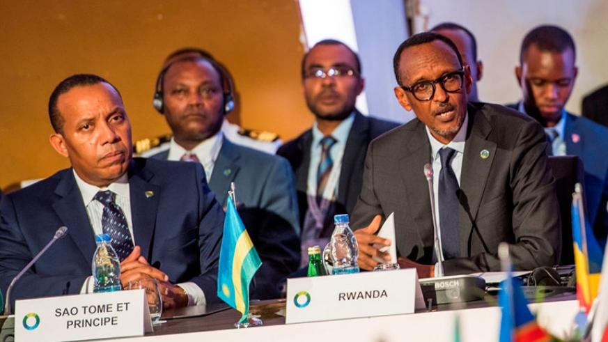 President Kagame delivers his keynote address, which focused on the ongoing African Union reform process, on Day I of the 5th AU-EU Summit in Abidjan, Côte d'Ivoire, on Wednesday.....