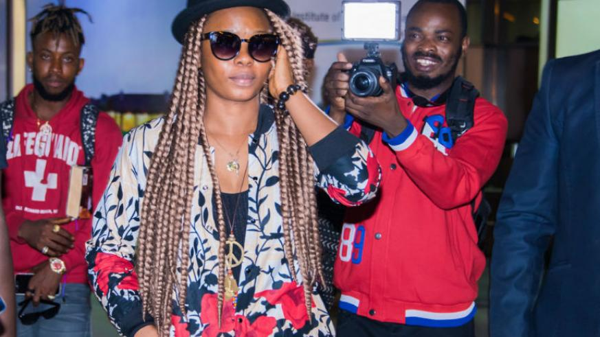 Yemi Alade upon arrival at Kigali International Airport last evening. / Courtesy