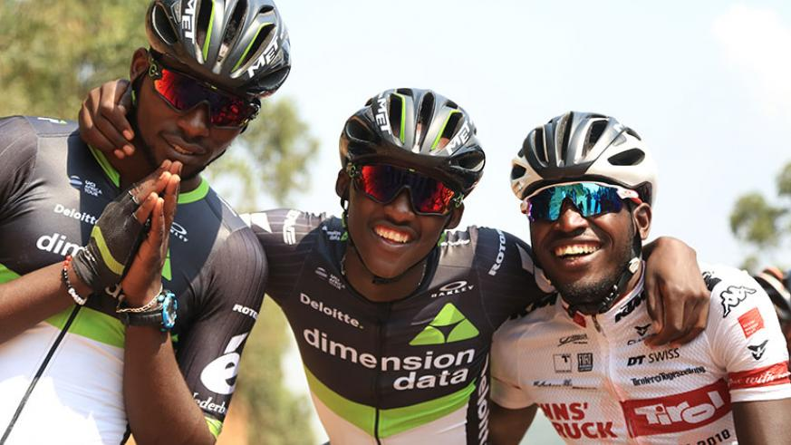 Joseph Areruya, Samuel Mugisha and Valens Ndayisenga before starting the race from Gatuna to Kigali.