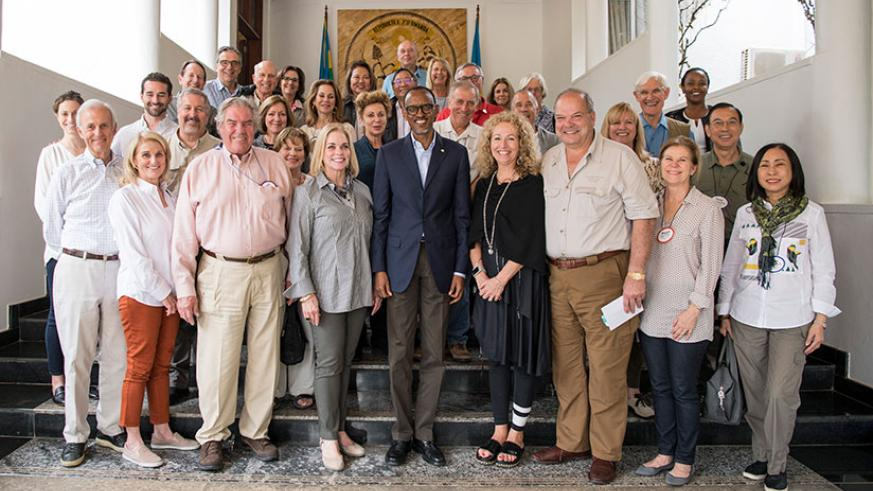 President Kagame with members of the Chief Executives Organisation, who are in Rwanda to explore investment opportunities. The Chief Executives Organisation is an independent gradu....