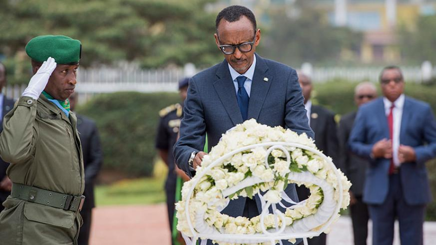 President Kagame lays a wreath to honour heroes at the National Heroes' Mausoleum yesterday. / Village Urugwiro