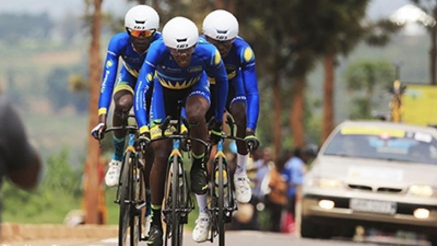 Rwandan riders  snatched silver medals in elite men category during the ongoing African Championship. Sam Ngendahimana.
