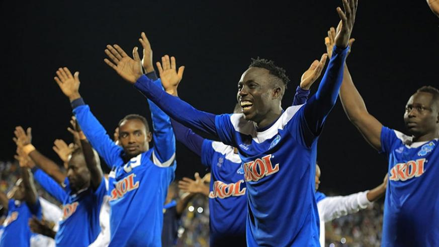 Rayon Sports' players thank the home fans after dominating the second half against Mamelodi Sundowns at Amahoro National Stadium in Kigali yesterday. (Photos by Sam Ngendahimana)