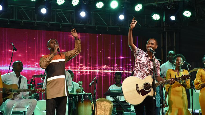 Uwimanas Concert Lives Up To Expectations Despite Power Outage