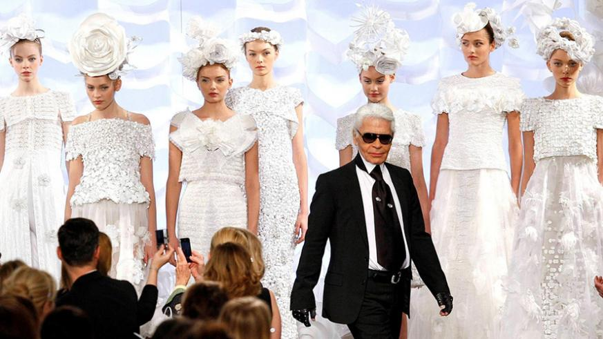 Tributes pour in for German fashion icon Karl Lagerfeld