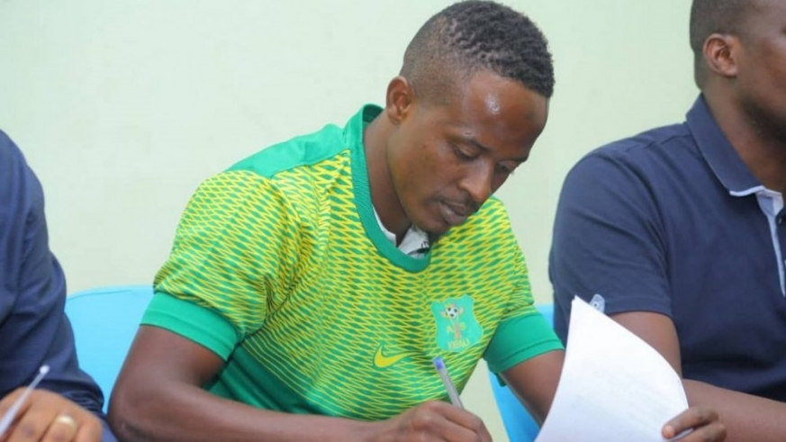 Haruna Niyonzima was unveiled as AS Kigali player on Wednesday after penning a one-year deal. Courtesy