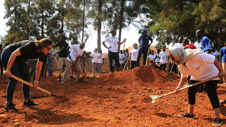 Foreign tour operators join Gasabo residents for Umuganda