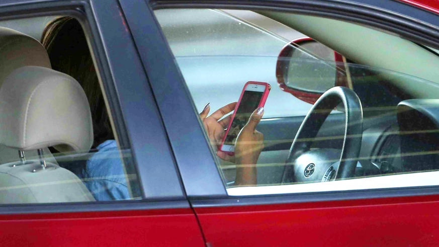 Risks of smartphones in our daily life